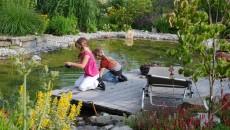 Familiengarten mit Wasser